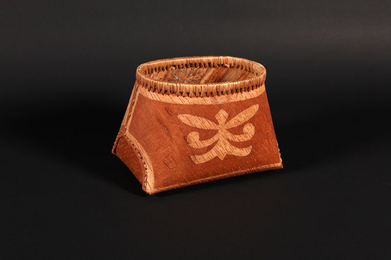 This birch bark basket has a motif created by scraping the bark which leaves it a lighter colour.